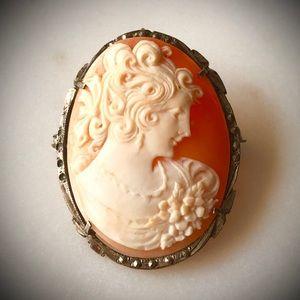 Vintage Italian Shell Cameo Silver Pendant/Brooch